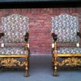 koninklijke stoelen
